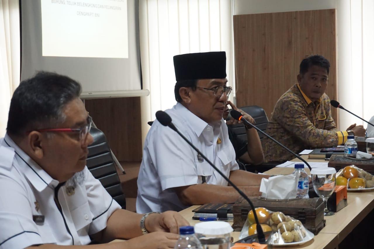 Bupati Inhil Pimpin Rapat Penyelesaian Somasi Kredit ...